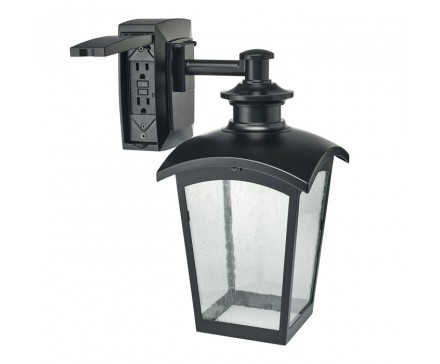 WALL LANTERN WITH BUILT-IN ELECTRICAL OUTLET (GFCI)